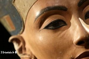 Nefertiti maquillage